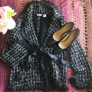 Very cute and dressy cardigan